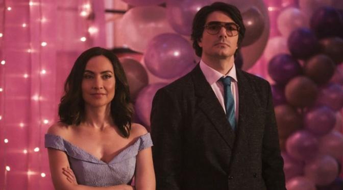 Ray e Nora se despedem da equipe em fotos promocionais de Legends of Tomorrow