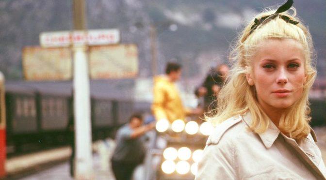 Crítica: Os Guarda-Chuvas do Amor (1964)