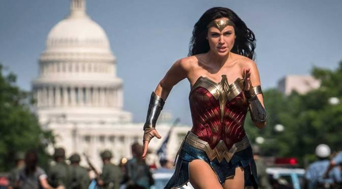 Mulher-Maravilha invade a Casa Branca em nova imagem