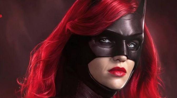 DC FanDome | 2ª temporada de Batwoman vai trabalhar com o desaparecimento da antiga heroína