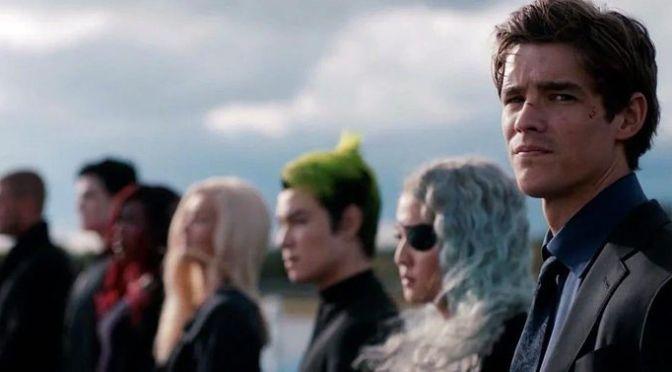Titans | Revelado o traje do Capuz Vermelho para a 3ª temporada