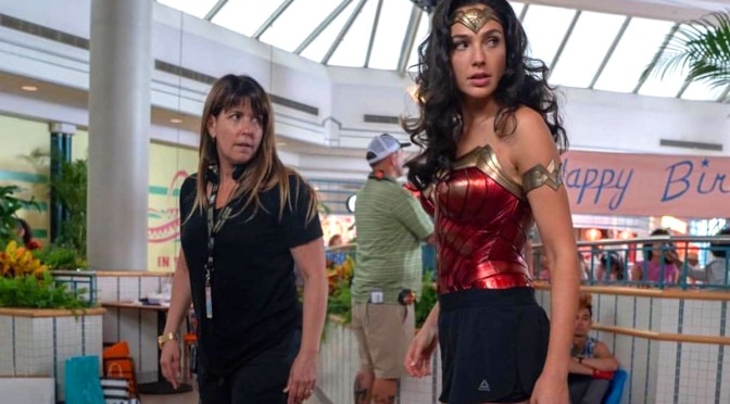 Patty Jenkins confirma que Mulher-Maravilha 1984 tem cena pós-créditos