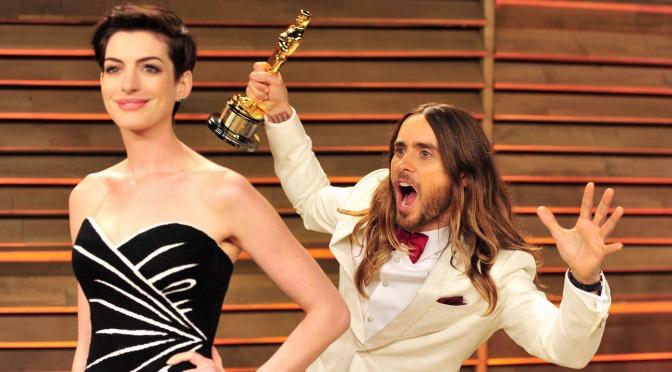 Anne Hathaway e Jared Leto irão estrelar série pela Apple