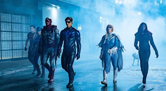 Javicia Leslie, a Batwoman, é vista no set de Titãs