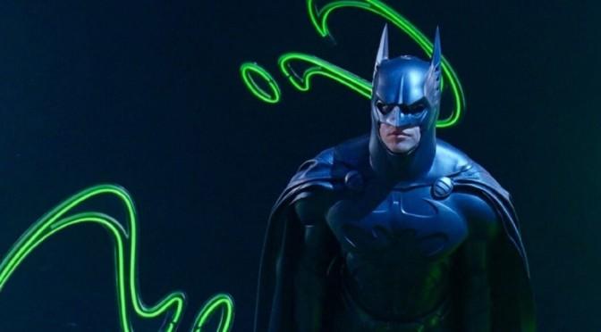 Personagem de Batman Eternamente é mencionada em HQ mensal do Batman