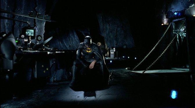 Batcaverna aparece em novas imagens vazadas de The Flash